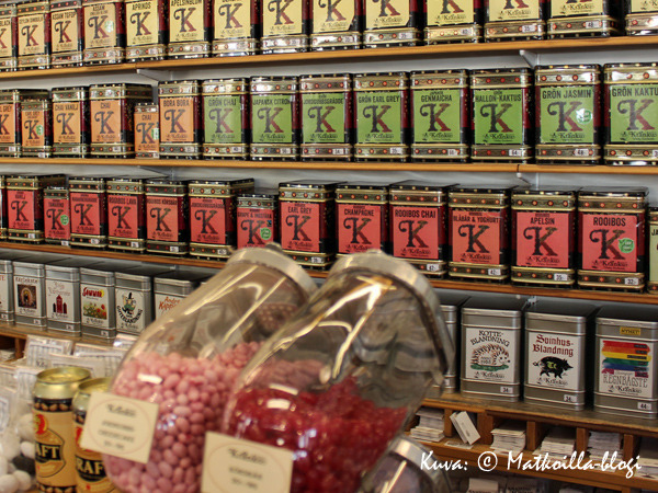 Tee- ja kahvikauppa Kränkussa on kertakaikkisen huumava tuoksu. Kuva: © Matkoilla-blogi
