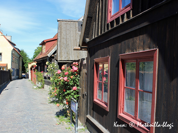 Visby - ruusujen kaupunki. Kuva: © Matkoilla-blogi