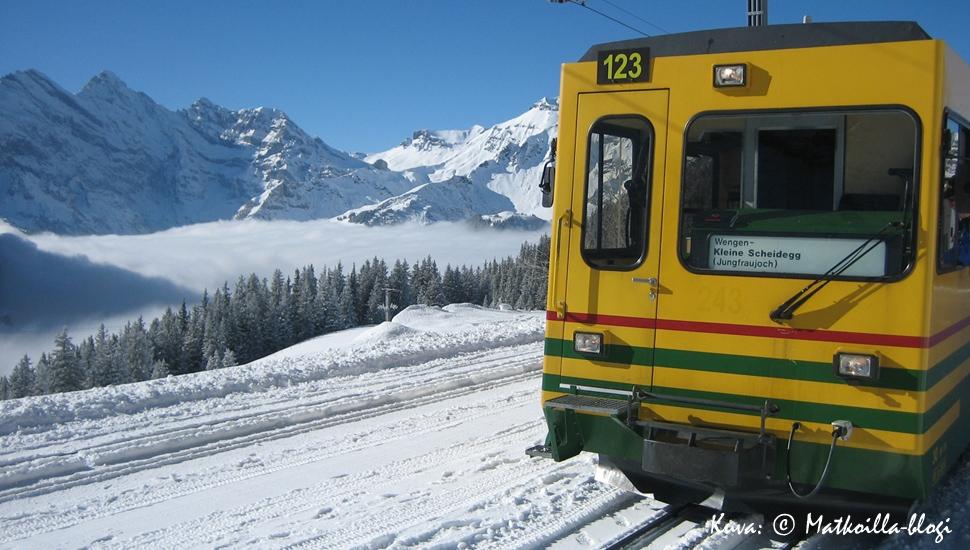 Kuukauden kuva: Wengernalmbahn, Sveitsi, helmikuussa 2008. Kuva: © Matkoilla-blogi
