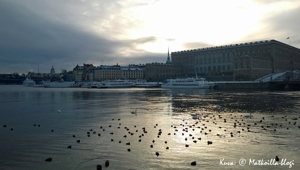 Tukholman Kuninkaanlinna talvipäivänä. Kuva: © Matkoilla-blogi