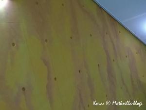 Betoniseinästäkin saa värikkään pintakäsittelyllä. Kuva: © Matkoilla-blogi