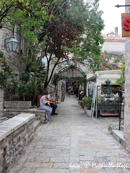 Budvan vanha kaupunki. Kuva: © Matkoilla-blogi