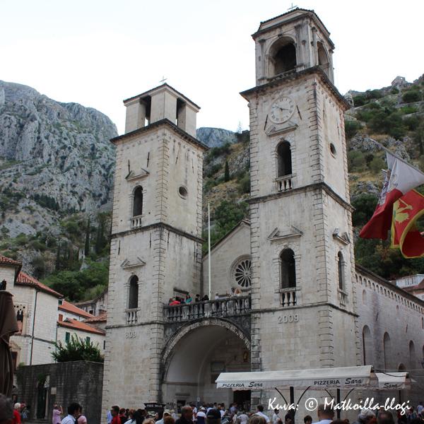 St. Tryphonin katedraali (Sv. Tripun) on rakennettu vuonna 1166. Kuva: © Matkoilla-blogi