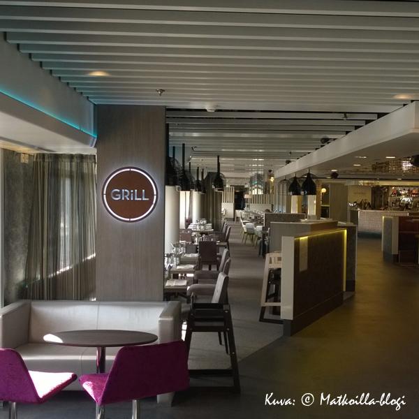 Kahdeksannen kannen ravintolakadun aloittaa Grill. Kuva: © Matkoilla-blogi
