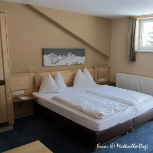 Hotel Das Barbara, Obertauern: Zehnerkar-huone. Kuva: © Matkoilla-blogi