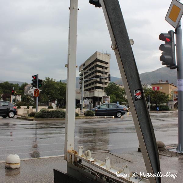 Mostar_tarkampujientalo_Kuva_©_Matkoilla-blogi