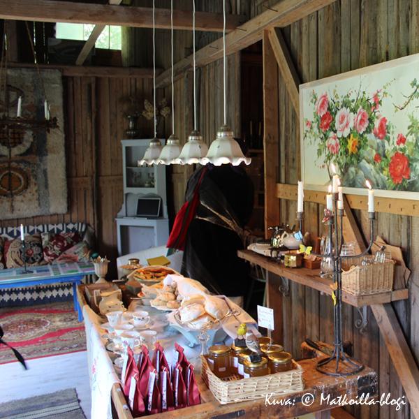 Cafe_Kuninkaanlampi_Kuva_©_Matkoilla-blogi
