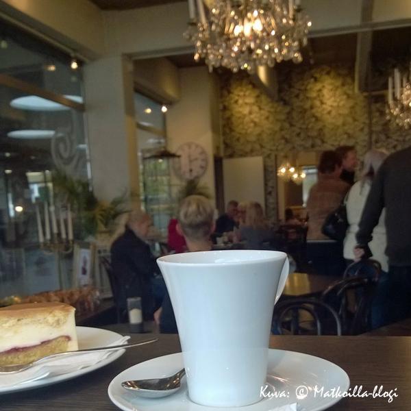 Lohja: Café Lauri. Kuva: © Matkoilla-blogi