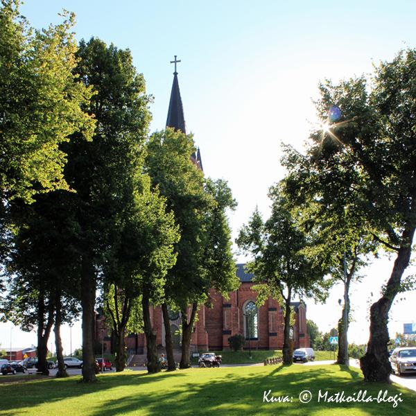 Loviisan_kirkko_Kuva_©_Matkoilla-blogi