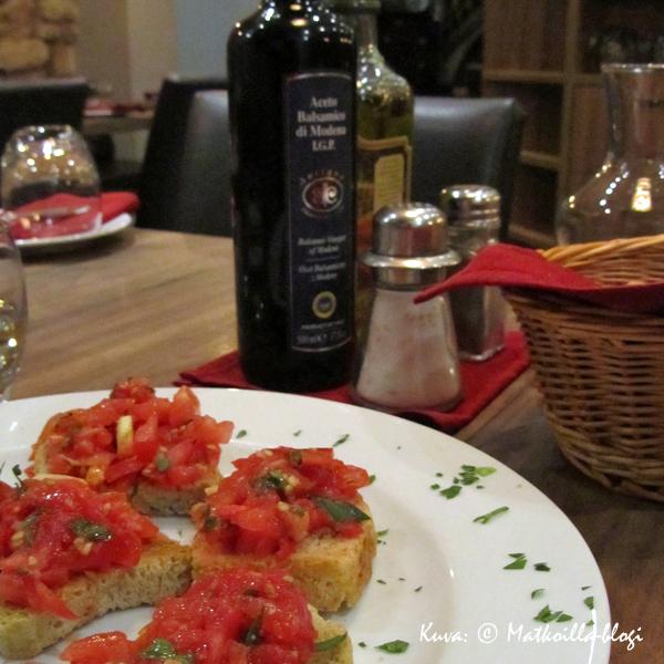 Krakova_ravintola_Aqua_e_Vino_bruschetta_Kuva_©_Matkoilla-blogi