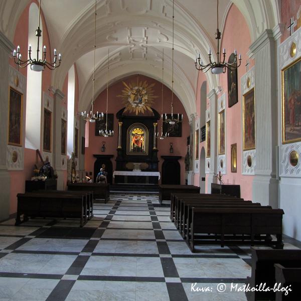 Krakova: Franciskus Assisiläisen kirkko. Kuva: © Matkoilla-blogi