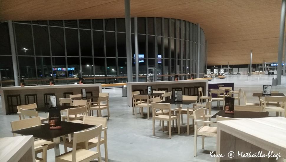 Keskiviikon kuva: Länsiterminaali T2. Kuva: © Matkoilla-blogi