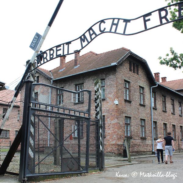 Auschwitz - Arbeit Macht Frei. Kuva: © Matkoilla-blogi