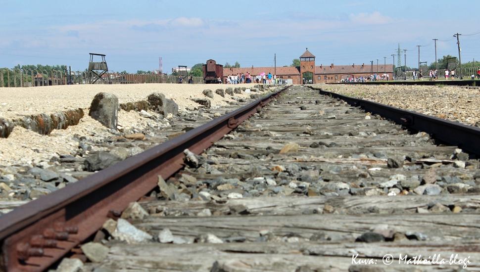 Birkenau - kuoleman raiteet. Kuva: © Matkoilla-blogi