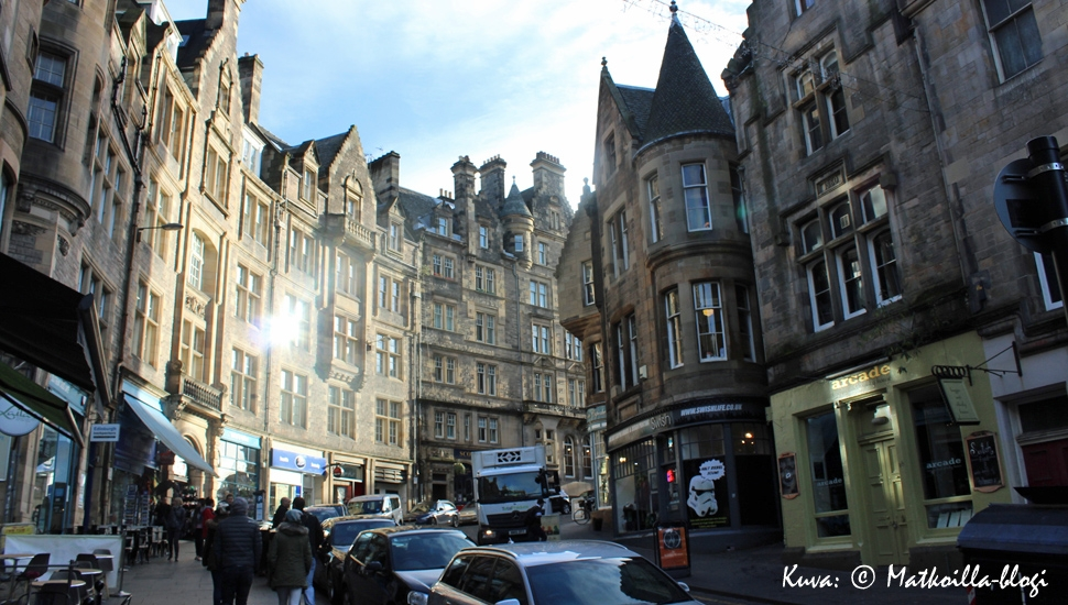 Edinburgh, Cockburn Street. Kuva: © Matkoilla-blogi