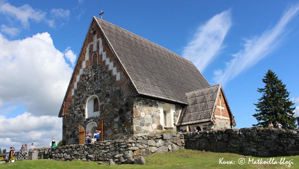 Pyhän Olavin kirkko, Vammala. Kuva: © Matkoilla-blogi