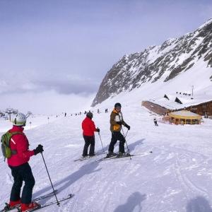 Tnn hiihtopiv pilvien ylpuolella! parhaassaseurassa hiihtokausi2018 hochgurgl obergurgl tztal stsalppimatkat