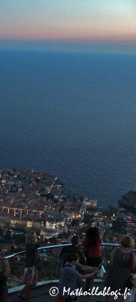 Kuukauden kuva, syyskuu 2019: Sininen hetki Dubrovnikissa. Kuva: © Matkoillablogi.fi