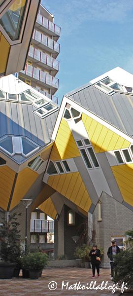 Kuukauden kuva, helmikuu 2020: Kijk Kubus-talot, Rotterdam. Kuva: © Matkoillablogi.fi