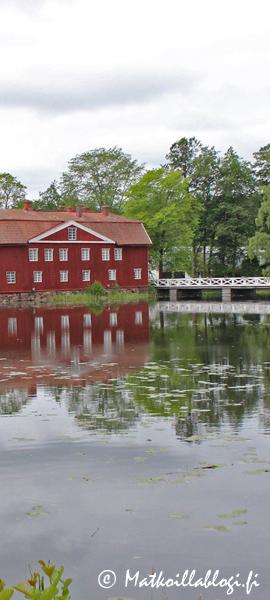 Kuukauden kuva, toukokuu 2020: Ruotsinpyhtään ruukki. Kuva: © Matkoillablogi.fi