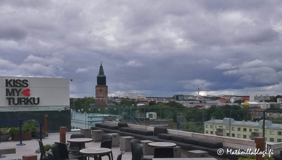 Autoloma lännen ruukki- ja kartanoalueilla: iki-ihana Turku