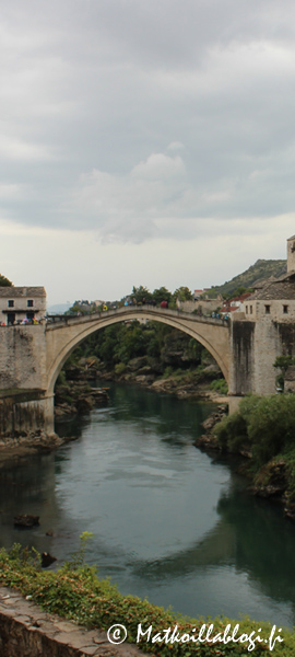 Kuukauden kuva, syyskuu 2021: Mostarin silta. Kuva: © Matkoillablogi.fi