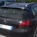 Italialainen neuvottelu autovuokraamossa