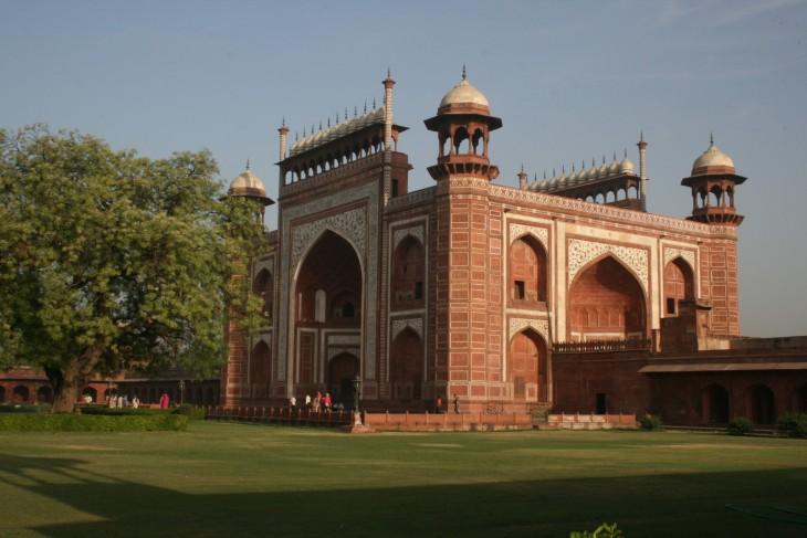 Taj Mahalin pääportti