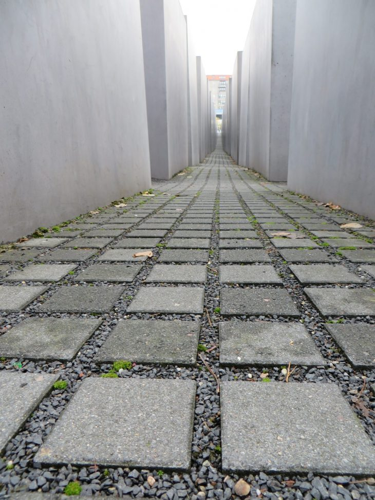 holokaustin_muistomerkki_berliini