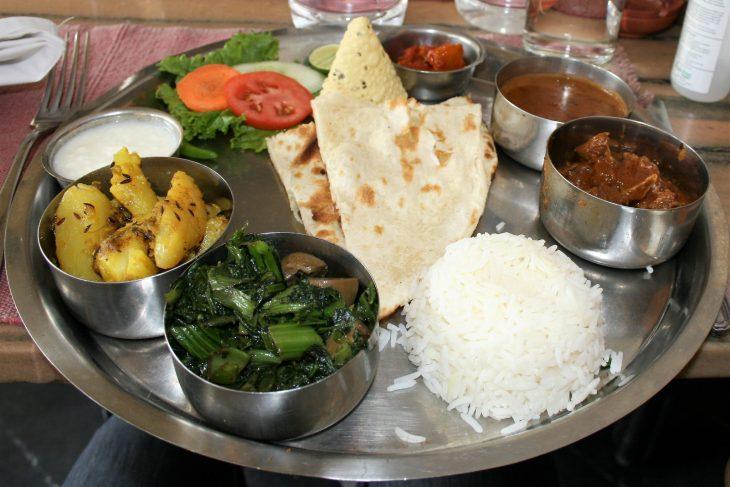 Nepalilaista ruokaa