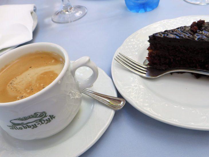 cafe_moby_dyk