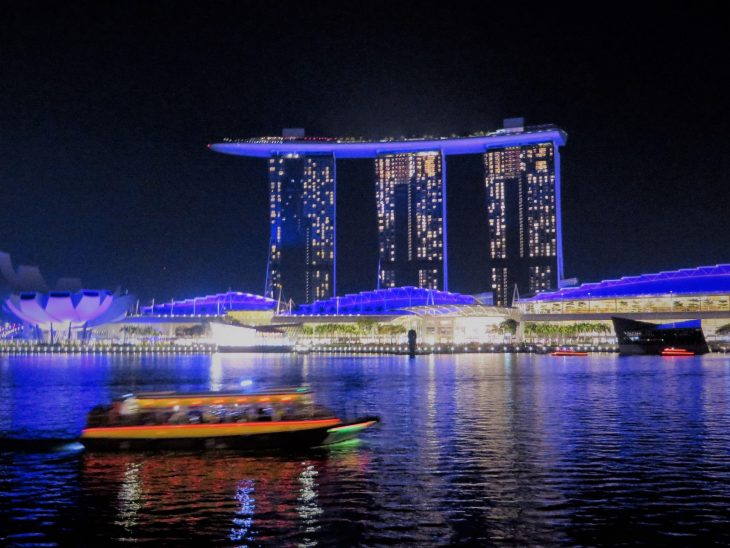 marina_bay_sands_valoshow
