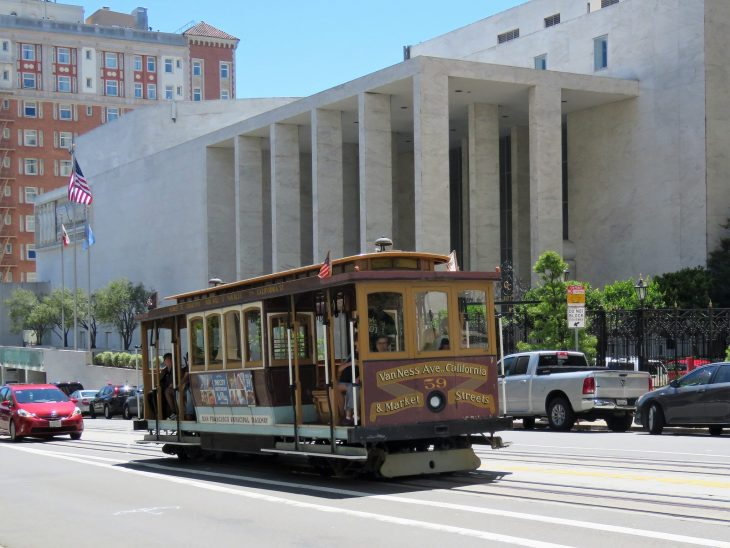cable_car_san_francisco