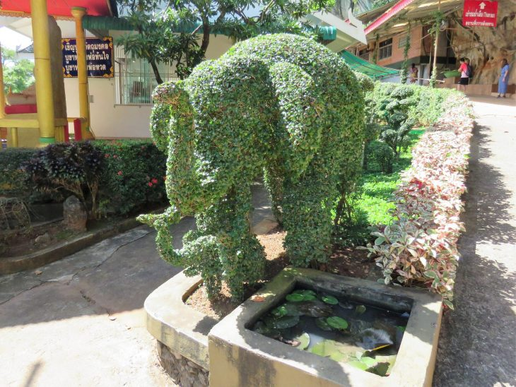 elefantit_tiikeriluolatemppeli