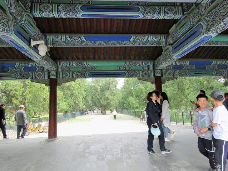 peking_taivaan temppeli_yhdyskaytava