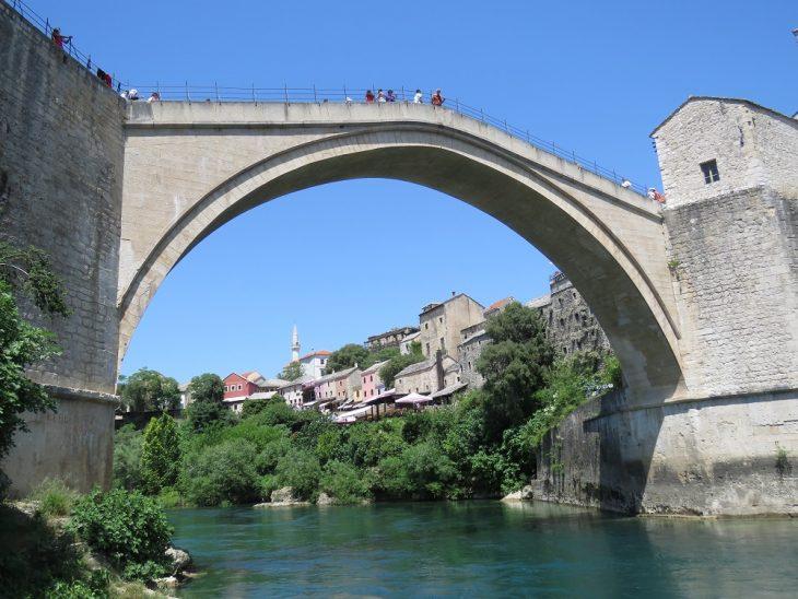 stari most silta alhaalta kuvattuna