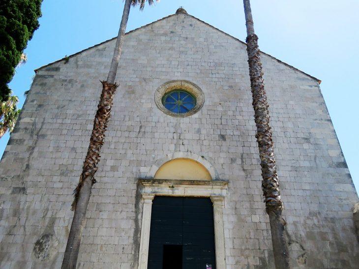 pyhän nikolaksen kirkko