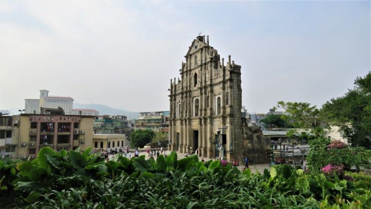 Pyhan paavalin kirkon fasadi