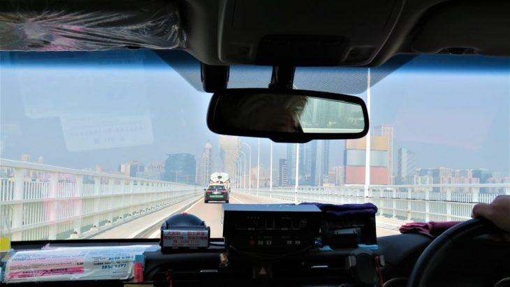 Taksissa Macaon niemimaalle