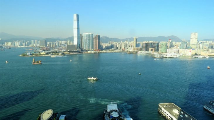 Fourseasons_hongkong_harbourview