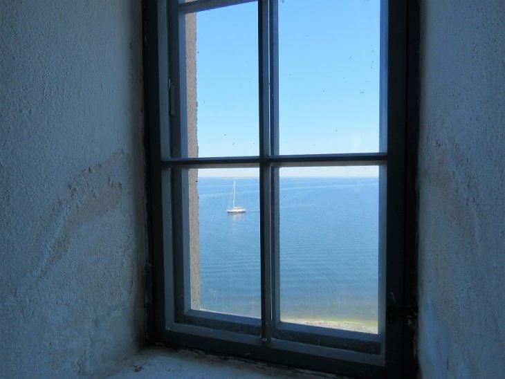 purjevene-soderskarin-majakan-ikkunasta