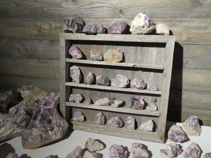 ametistikaivos-kivimyymalan-kivet