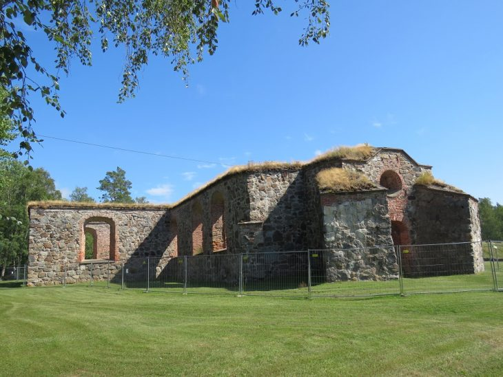 vanha-vaasa-pyhan-marian-kirkko