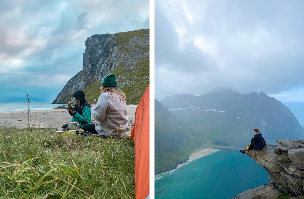 kaksi naista syö retkiruokaa rannalla. Vieressä nainen istuu vuorella kiellekkeellä.