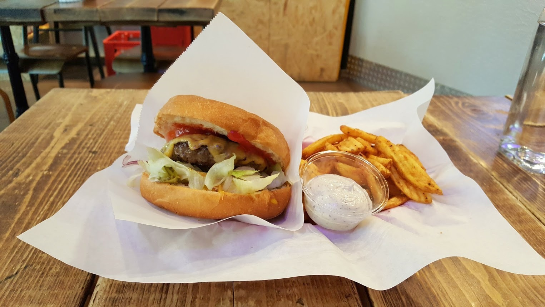 tampereen paras burgeri hampurilainen naughty brgr
