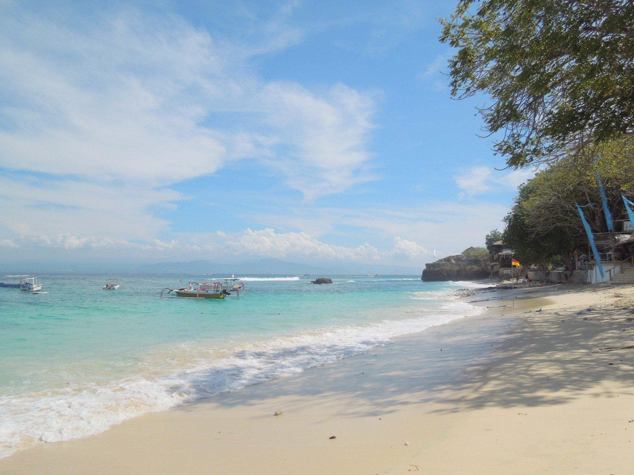 Mushroom Beach Nusa Lembongan