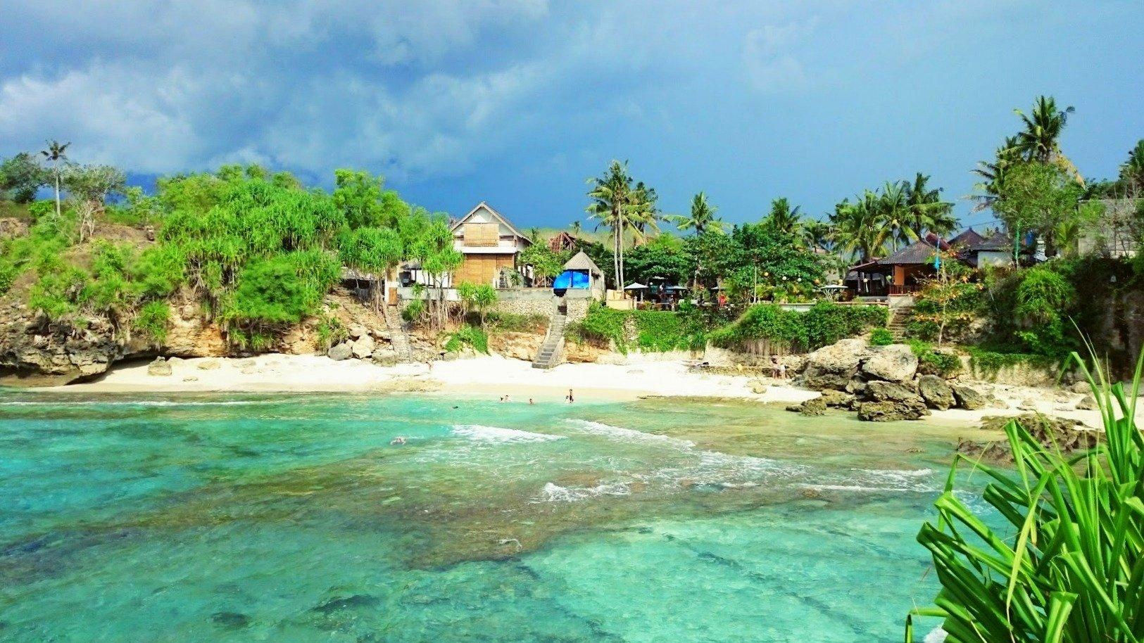 Nusa Ceningan secret beach Bali