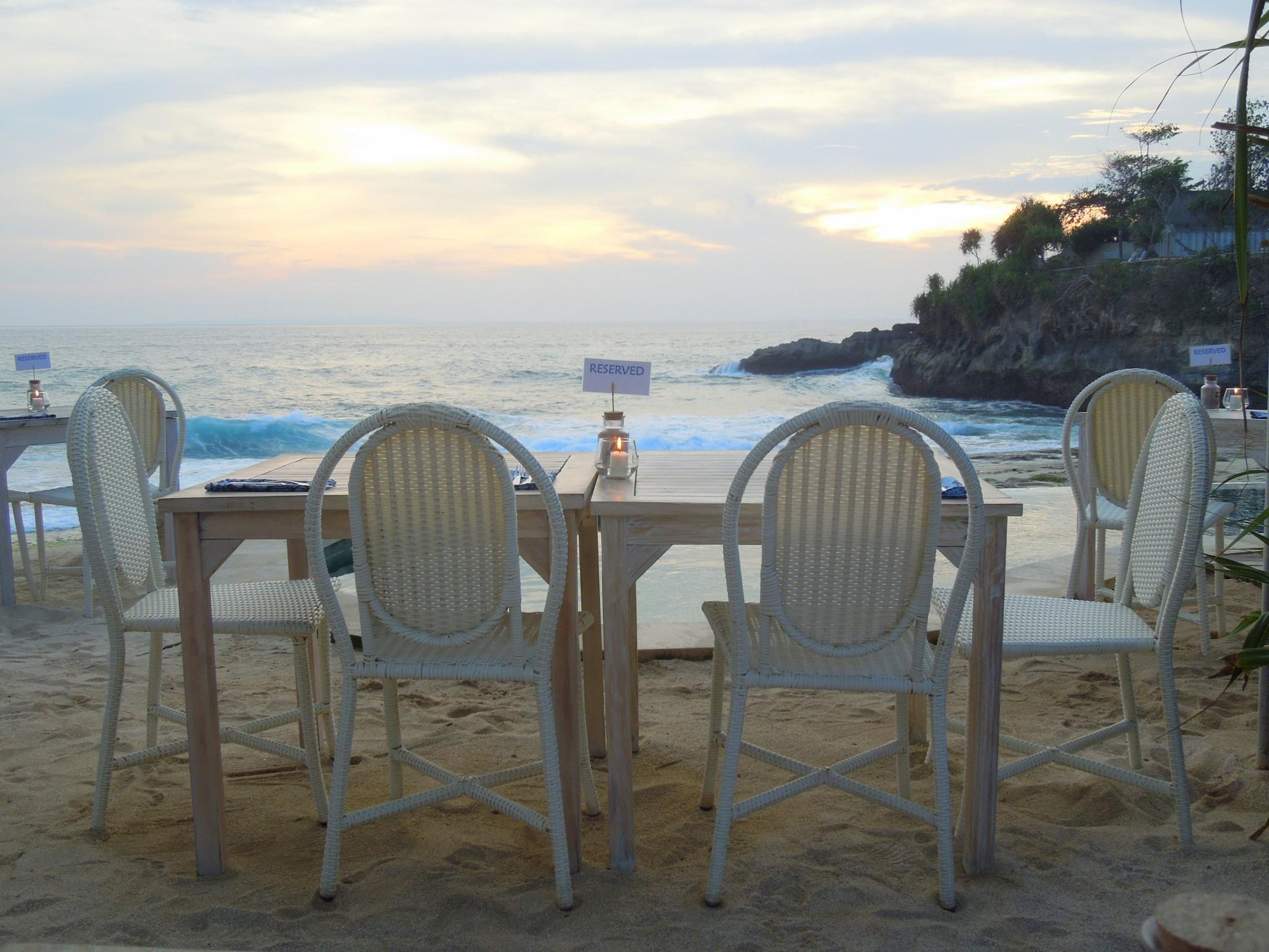 Nusa Lembongan Sandy Bay Beach Club sunset auringonlasku