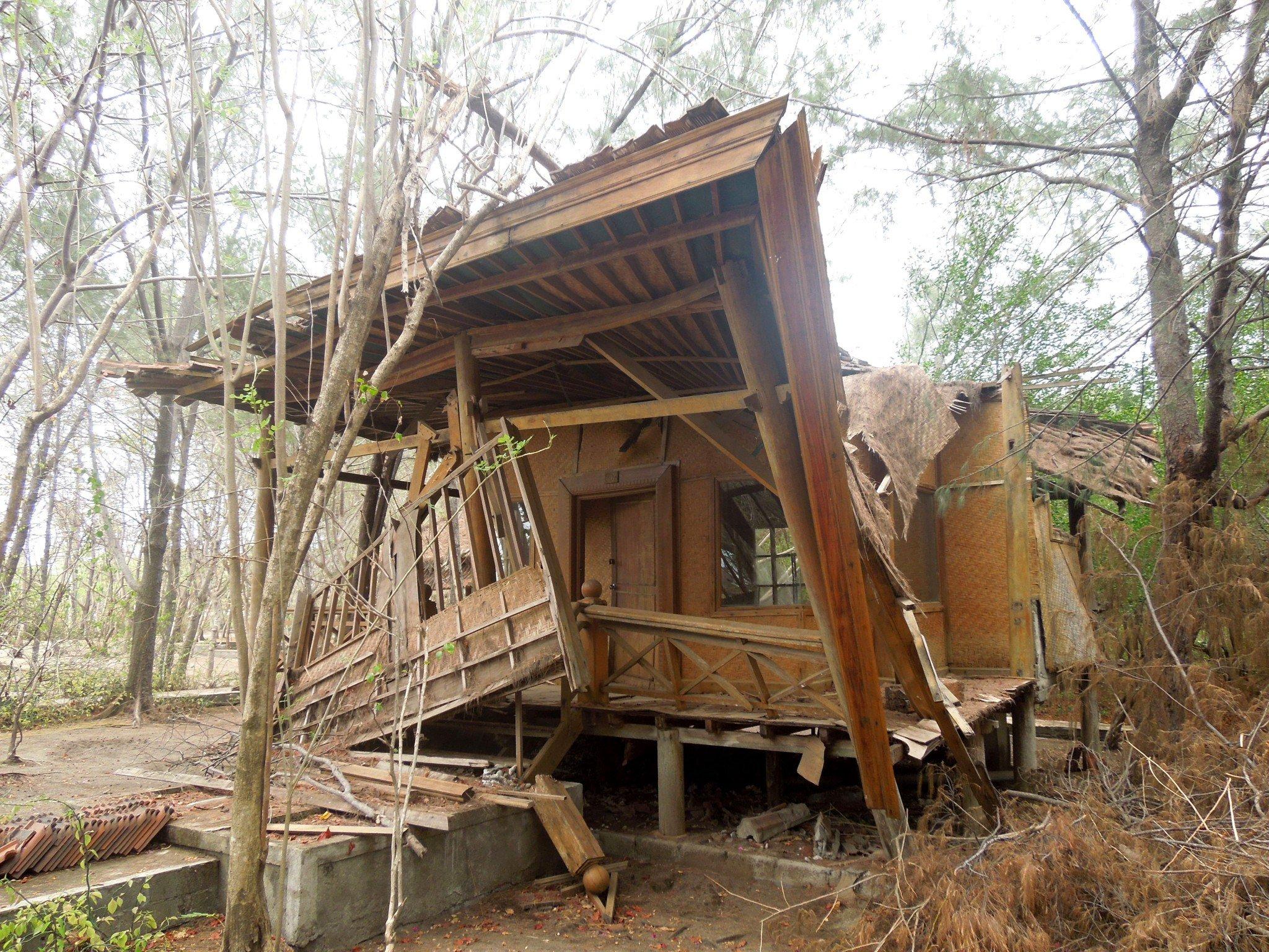 Gili Meno hylätty hotelli bungalowi