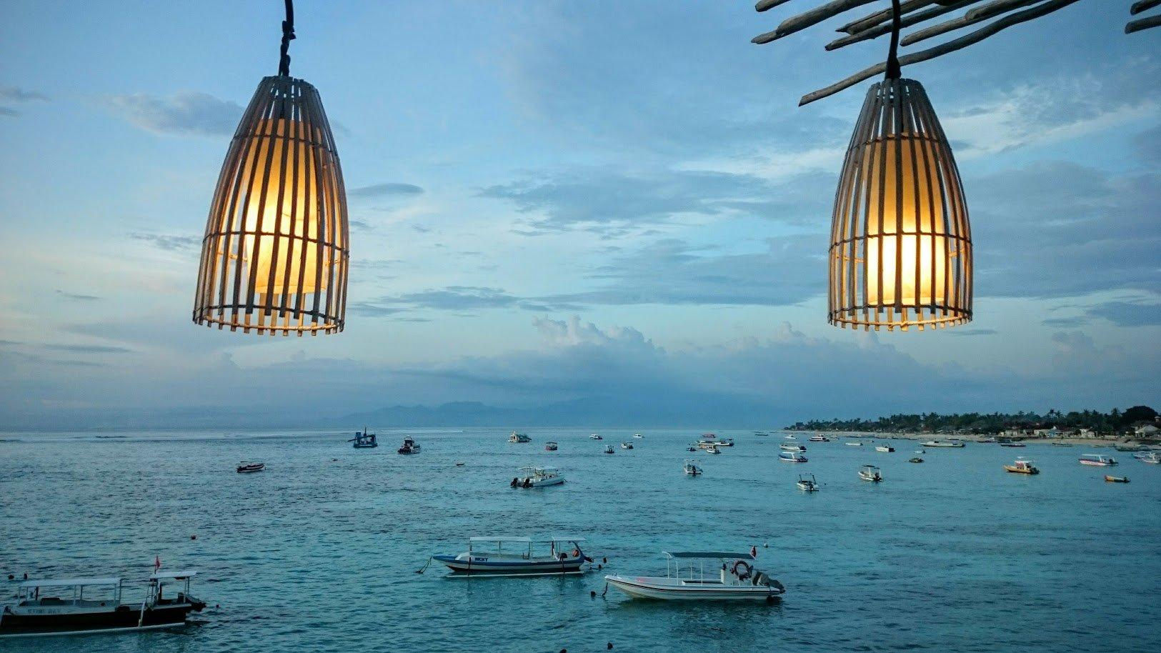 Nusa Lembongan auringonlasku Bali